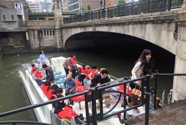 東京都心と湾岸、横浜を結ぶ舟運の社会実験では、歴史ある万世橋などのインフラを見学できる