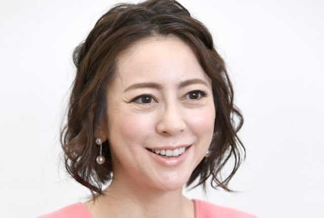 1972年大阪府生まれ。日本テレビアナウンサーを経て2004年に独立。ナレーションや話し方指導で活躍。近著に「たった1分で会話が弾み、印象まで良くなる聞く力の教科書」
