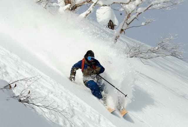 安比高原スキー場は豪州客らに人気の新雪エリアを12倍に増やした