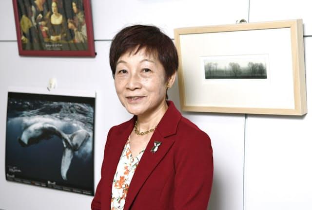 総合研究大学院大学の学長を務める人類学者の長谷川真理子さんは、野生動物の研究を経て人間を対象とするようになった