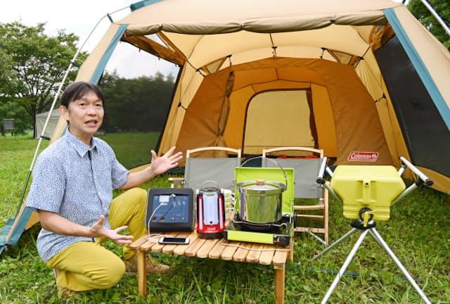 災害時はキャンプ用品が役立つと話す牛島義之さん(埼玉県戸田市)=五十嵐 鉱太郎撮影
