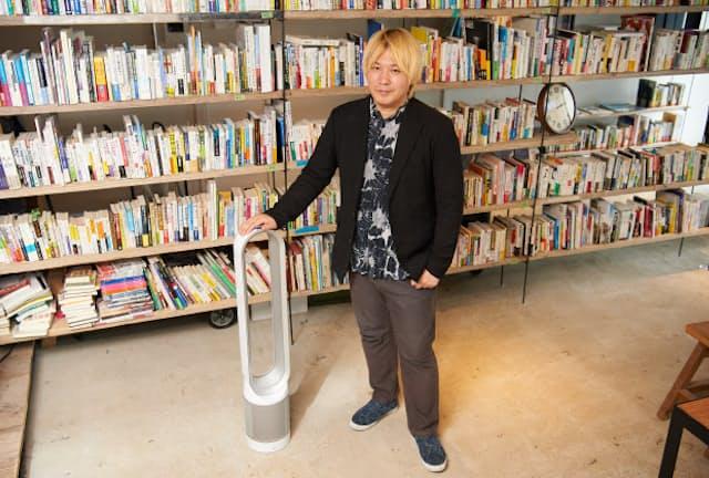 ジャーナリスト津田大介氏が事務所で使っているダイソン空気清浄機能付ファン。その新製品に感じた可能性と評価は?