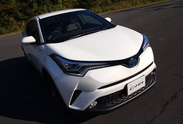 トヨタ「C-HR」。発売に先駆け、ネットで先行予約を行った。写真はプロトタイプ