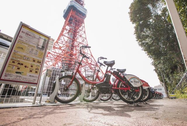 最近、東京都内でも見る機会が増えたシェアリングサービス。写真はドコモ・バイクシェアが運営する「docomo bike share」(写真 渡辺慎一郎=スタジオキャスパー)