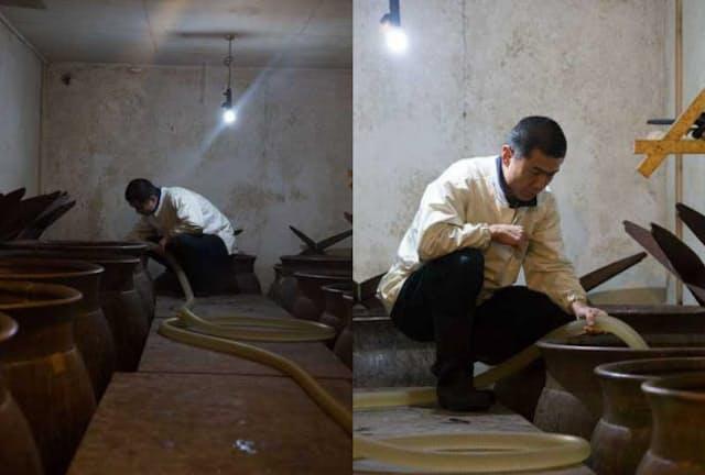 信用組合で働いていた戸塚治夫さんはゼロから米酢造りを学んだ