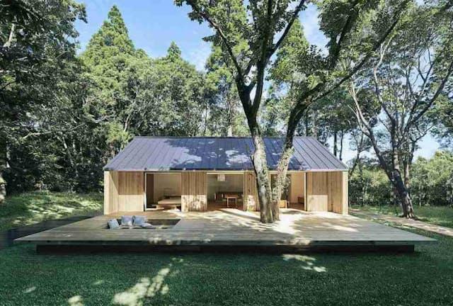 MUJI HOUSE「陽の家」。価格は建築面積や延べ床面積、仕様によって異なる。モデルプランとして紹介しているのは建築面積95.64平方メートル、延べ床面積80.32平方メートルで税別1598万円(標準仕様、土地の価格は含まず)(写真提供:MUJI HOUSE)