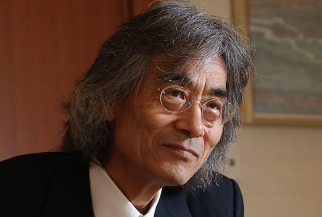 日系米国人指揮者ケント・ナガノさんは来年、34年ぶりに国内の常設プロ楽団の指揮をとる