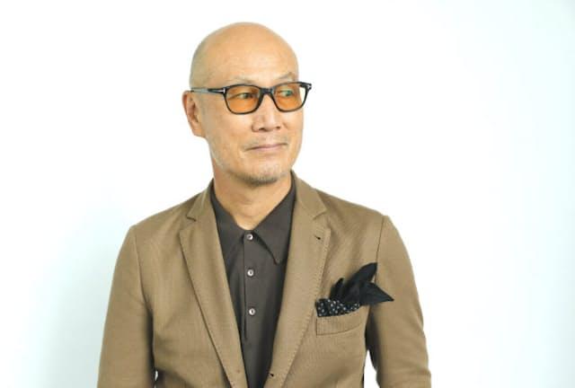 ファッションディレクターの森岡弘さん