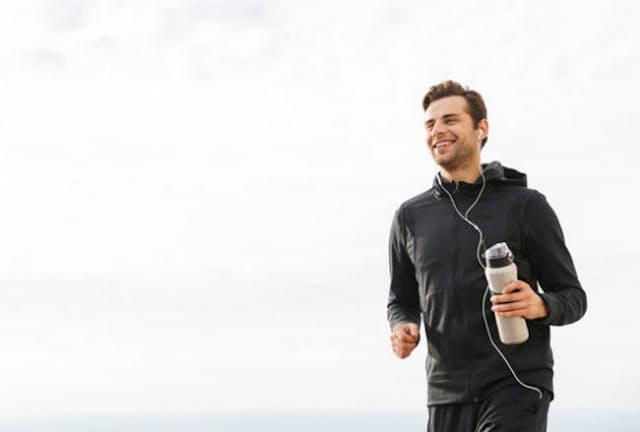 離れた人たちとバーチャルで一緒に走る「オンラインマラソン」ってどういうもの?(C) Dean Drobot-123RF