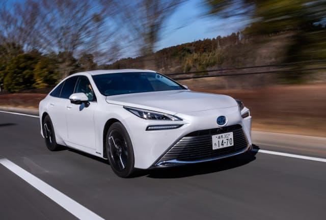 今回の試乗では高速道路やワインディングロードなど、合わせて435.1kmを走行。燃費は満タン法で71.1km/kgを記録した(写真:花村英典、以下同)