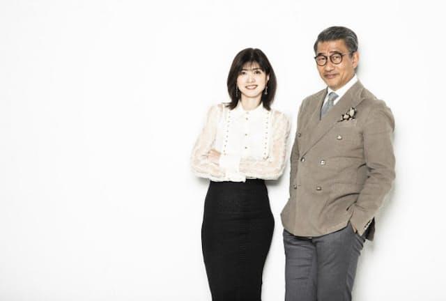 内田有紀さん(左)と中井貴一さん