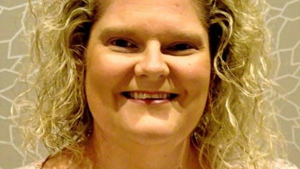 ルイーズ・ブラウンさん 世界初の体外受精児、40歳に