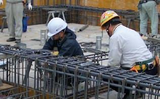 建設業の技能労働者は331万人いるが、若年層は乏しい