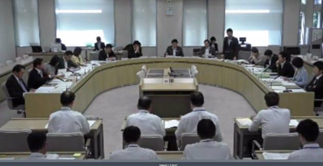 総務委員会で試行したネット中継(都議会ホームページ)