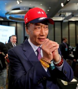 台湾の次期総統選へ出馬を決めた鴻海精密工業の郭台銘董事長=ロイター