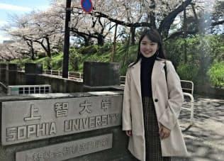 社本理江さんは都立大山高から上智大外国語学部英語学科に合格した(東京都千代田区)