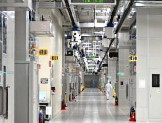 半導体メーカーの事業環境は厳しさを増している(ルネサスエレクトロニクスの那珂工場)
