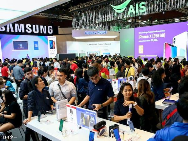 タイの通信会社は2020年までの5G商用化には慎重だ(バンコク)=ロイター