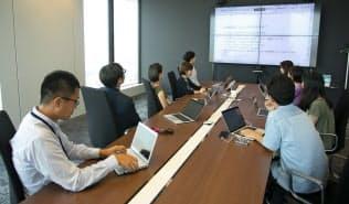 「サイボウズ式」編集部は発言とチャットの同時進行で会議を活性化させる