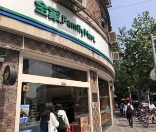 ファミリーマートは中国で第5位の店舗網を持つ(上海市)