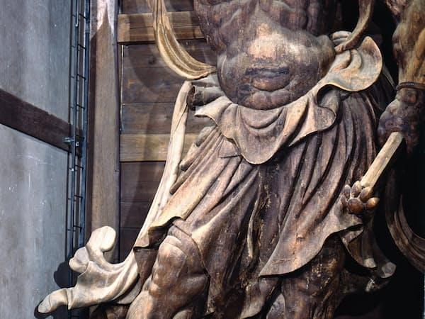 迫力に富む東大寺南大門の金剛力士立像・吽形(奈良市)=飛鳥園撮影