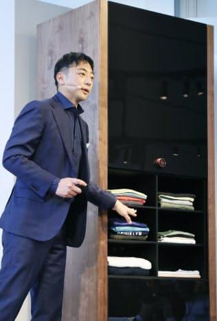 2017年5月、ランドロイドについて説明する阪根社長。多額の負債を抱えて破綻した