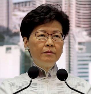 香港、条例改正を延期 中国政府も「支持」