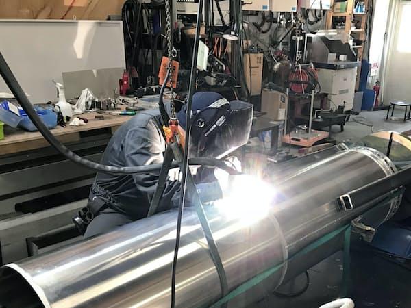 インターステラは、燃料タンクの溶接まで社内でこなす(北海道大樹町)