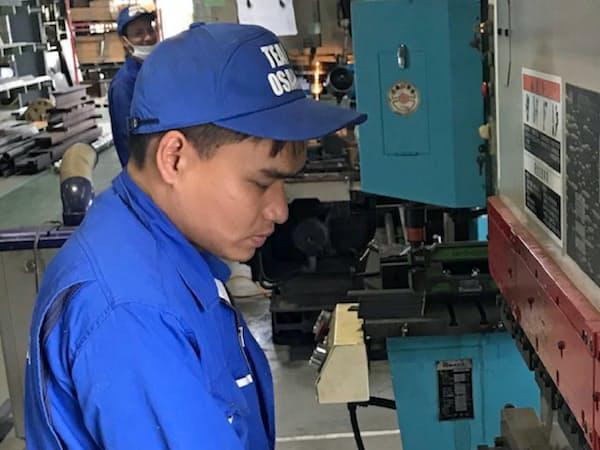 「特定技能」を取得し来日したベトナム人のヴー・ディン・ゼップさん(大沢工業、富山市)