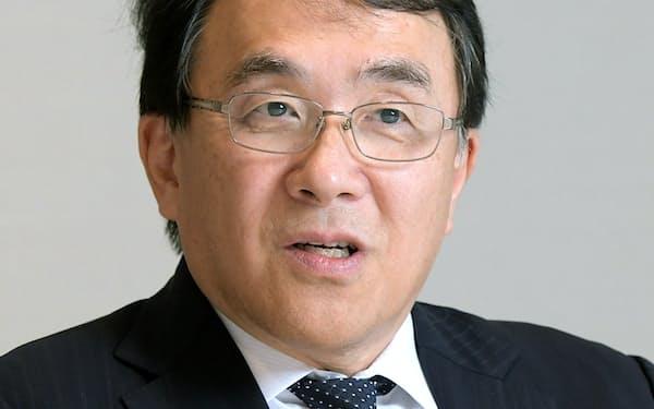 野村総合研究所会長兼社長の此本臣吾氏