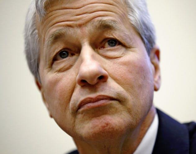 米経済界「株主第一」見直し、従業員配慮を宣言