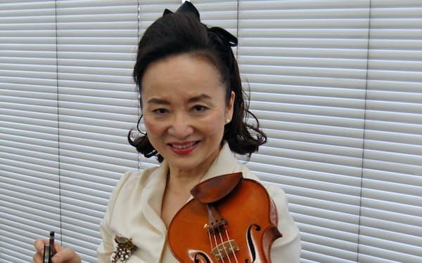バッハの無伴奏作品全6曲の演奏と収録に挑んだ前橋汀子