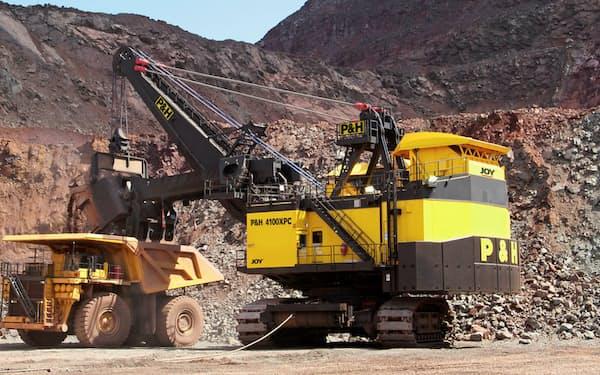 コマツは17年の米鉱山機械メーカー買収で、アフリカでも売り上げを伸ばしている