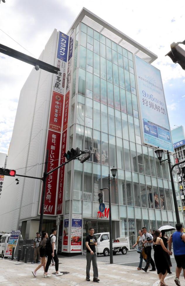商業地で最高地点の大阪・ミナミのビル
