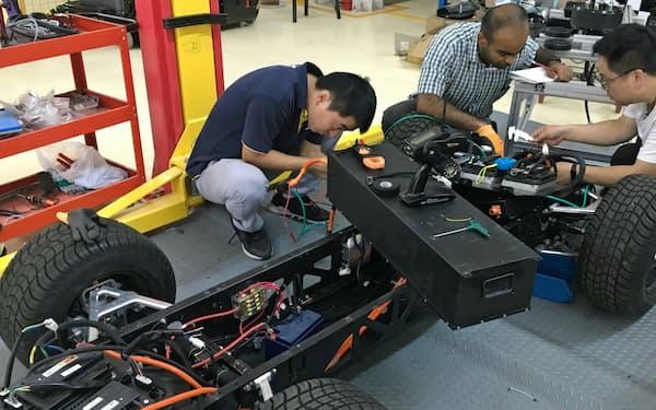 3Dプリンターがあれば、様々な場所で自動車をつくることができるというピクス(貴州省貴陽市)