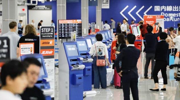 開業した中部国際空港の第2ターミナル(9月20日)