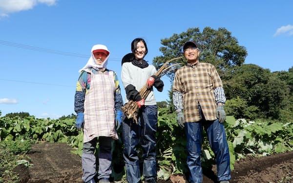 手伝いを通して旅を満喫(青森県三沢市)