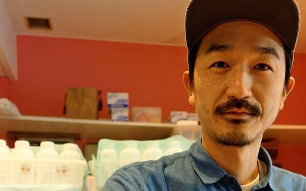 野菜のエキスを搾りとったジュースは男性にも人気(東京都港区)