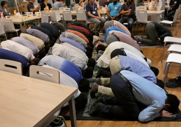 楽天はムスリムでも働きやすい環境を整える