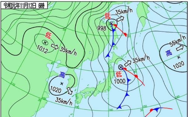 12日も一時的に冬型の気圧配置になった(12日午前6時時点、気象庁作成)