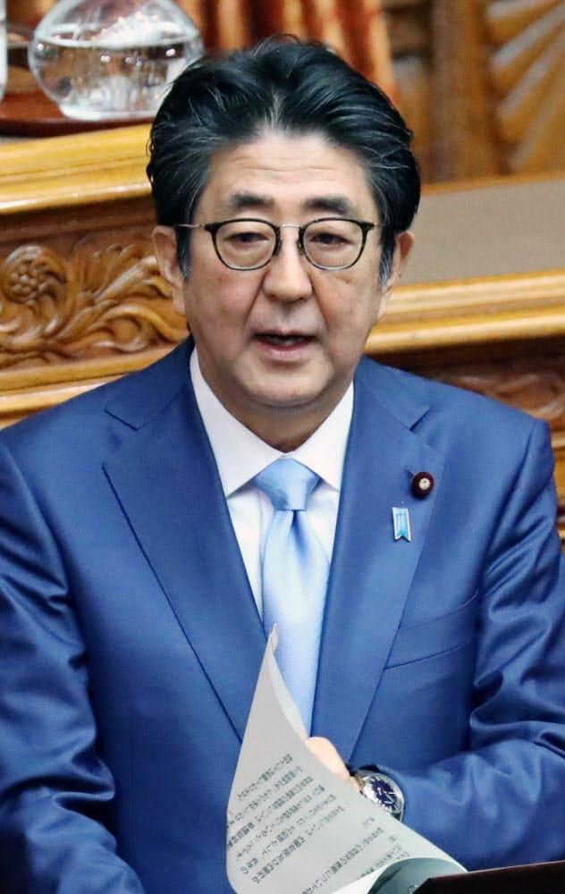 安倍首相は、8日の参院予算委員会で関与を否定していた(20日)