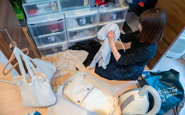 衣服などを整理、収納してくれる(カジタクのサービス)