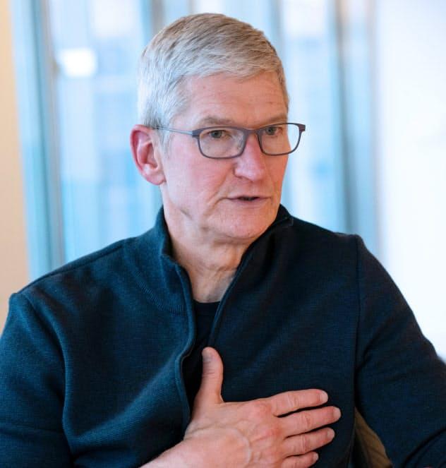 アップル・クックCEO「拡張現実、次の革新に」