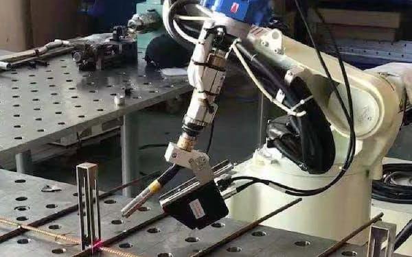 部品や溶接の継ぎ目などをセンサーが識別(敏越科技提供)