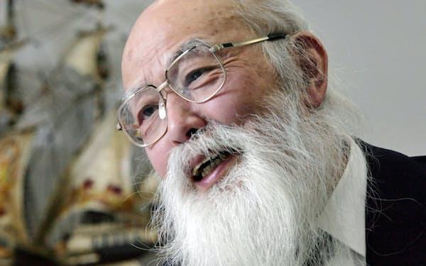 宇沢氏は数学者から経済学者の道へと歩んだ