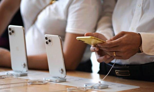 iPhone出荷1割増
