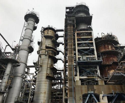 元売り各社は石油需要の減少を前提とした長期シナリオを打ち出している(出光興産の千葉製油所)