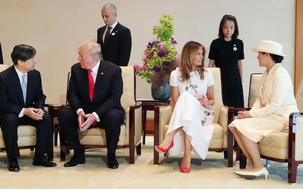 トランプ米大統領夫妻と会見する天皇、皇后両陛下(2019年5月、皇居・宮殿)=代表撮影