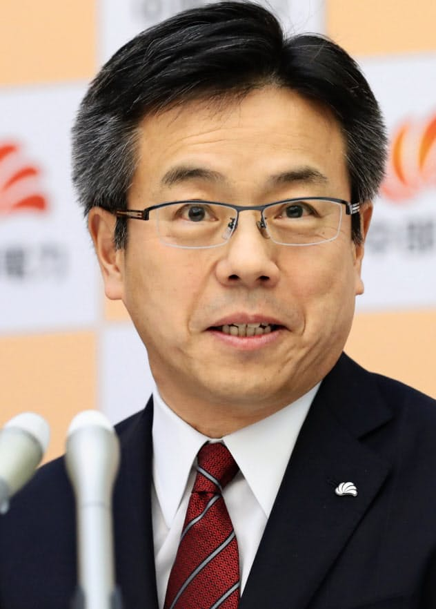 記者会見する中部電力の林次期社長(19日、名古屋市東区)