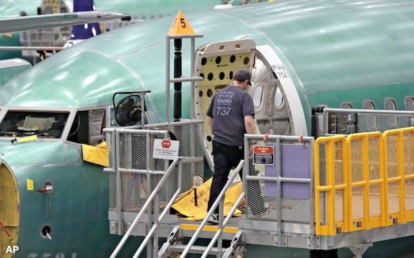 737MAXでは燃料タンクの異物混入も発覚した(ワシントン州のボーイングの工場)=AP